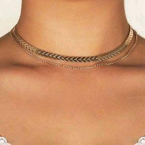 💖 2/$30 layered fishbone gold choker necklace